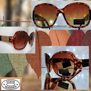 🧡 Tortoise Rectangular Sunglasses by Steve Madden